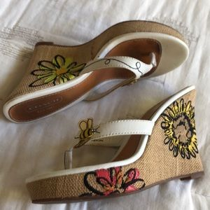 Coach bumble bee flower embroidered sandal wedge
